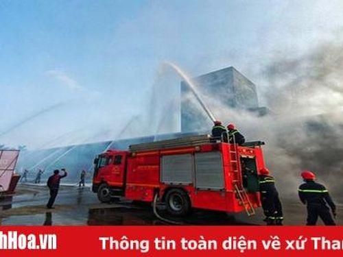 Diễn tập phương án chữa cháy và cứu nạn, cứu hộ huy động nhiều lực lượng, phương tiện