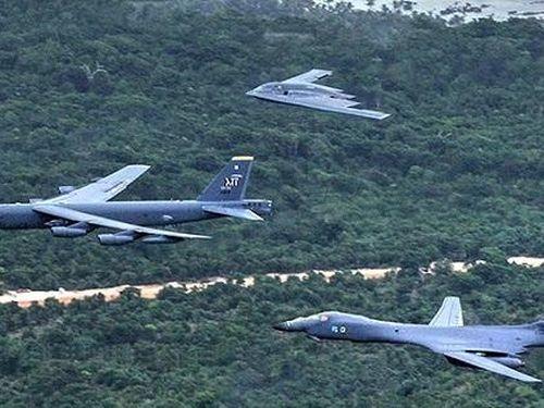 Mỹ nghĩ Nga đang phát điên vì B-1B và B-52H