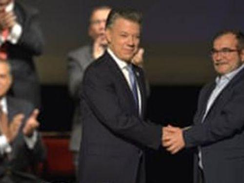 Vụ bê bối 'Falsos Positivos' chấn động Colombia: Bê bối đổ bể