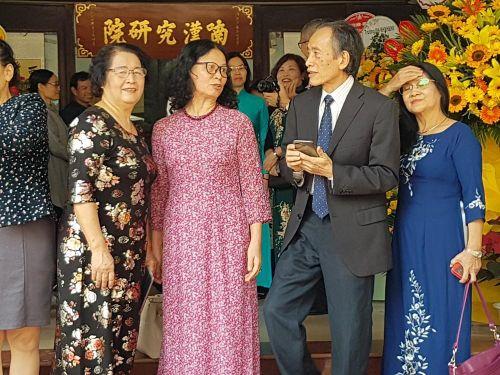 50 năm Viện nghiên cứu Hán Nôm: Cảm cổ, chước kim