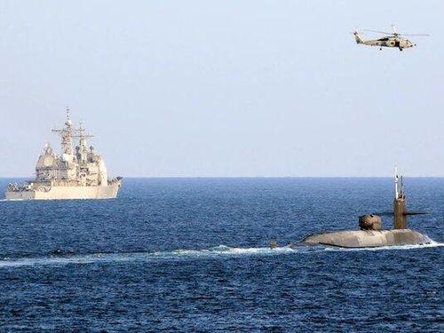 Hình ảnh Mỹ triển khai tàu ngầm hạt nhân tới gần Iran
