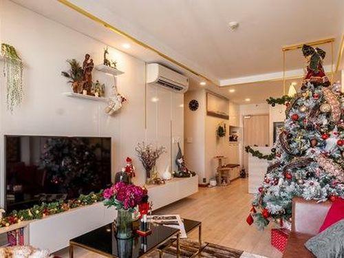 Chi 50 triệu đồng mua đồ trang trí, căn hộ Sài Gòn đẹp 'lịm tim' đón Giáng sinh đang về