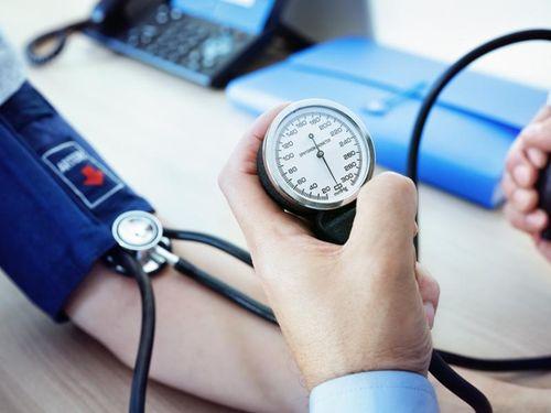 Sự khác biệt về huyết áp giữa hai cánh tay có thể là dấu hiệu cảnh báo của bệnh tim, đột quỵ
