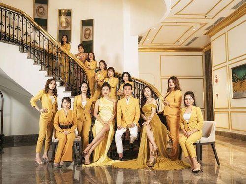 Á hậu Huyền My và dàn thủ lĩnh của Linh Nham Group