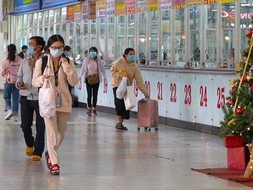 Tết Dương lịch: Bến xe TP.HCM sụt giảm hành khách dù giá vé không tăng