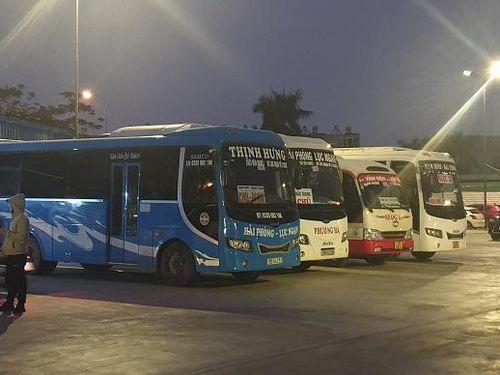 Lượng khách tại các bến xe tuyến Hải Phòng - Hà Nội tăng 150% vào ngày nghỉ lễ