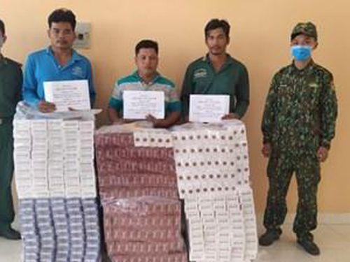 An Giang bắt giữ 03 đối tượng vận chuyển hàng nghìn gói thuốc lá ngoại nhập lậu