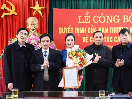 Công bố quyết định bổ nhiệm Phó Trưởng ban Tổ chức Tỉnh ủy Hà Tĩnh