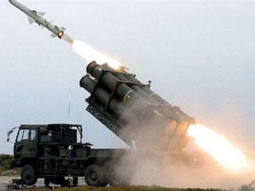 Người Nhật Bản tranh cãi cách chống tên lửa siêu thanh Nga