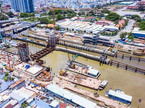 Thiệt hại hơn 45 tỷ đồng do phải ngừng thi công dự án ngăn triều ở TP Hồ Chí Minh