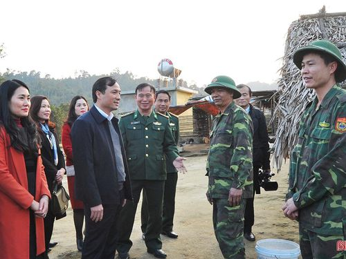 Ấm tình 'Xuân đoàn kết - tết biên cương' ở Hà Tĩnh