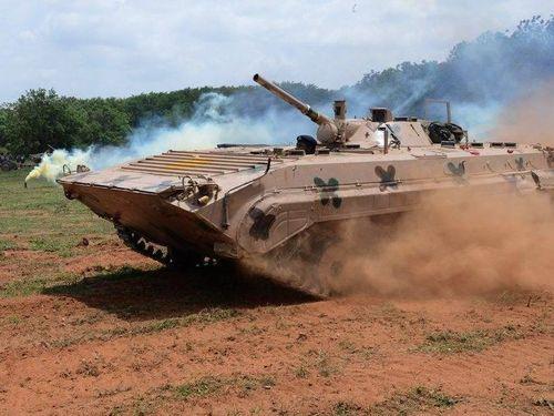 Ấn Độ biến 'sát thủ săn tăng' BMP-2 thành robot và pháo tự hành