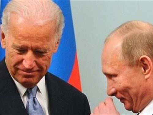 Vụ Navalny: Tổng thống Putin giúp Mỹ-phương Tây 'cầu được ước thấy'