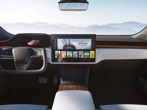 Tesla ra mắt Model S mới: vô lăng như phi cơ và màn hình chơi được The Witcher 3