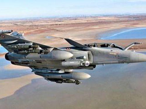 Siêu chiến đấu cơ Rafale của Pháp vượt 7.000 km, bay thẳng đến Ấn Độ