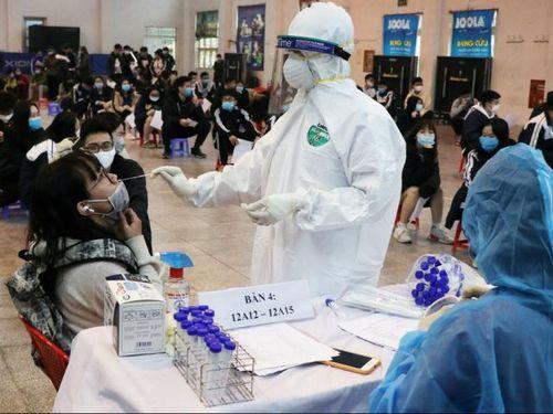 Hai ca mắc mới COVID-19 tại Hà Nội đều là công nhân làm cùng BN1694