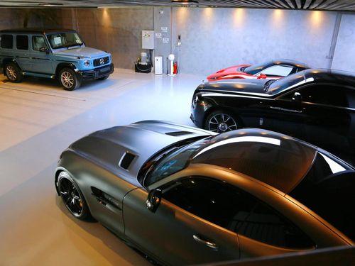 Mercedes-AMG G 63 màu độc xuất hiện trong garage của Cường Đô La