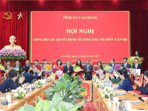 Cao Bằng điều động, bổ nhiệm 11 cán bộ lãnh đạo chủ chốt