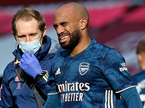 Arsenal thua trận thứ 2 liên tiếp