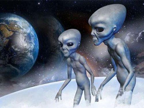 Tiết lộ cực sốc chuyện người ngoài hành tinh sống sót sau sự cố UFO Roswell