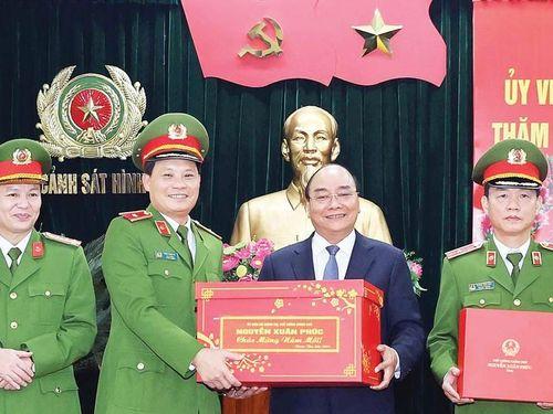 Thủ tướng Nguyễn Xuân Phúc: Đảm bảo an toàn cho người dân là quan trọng nhất