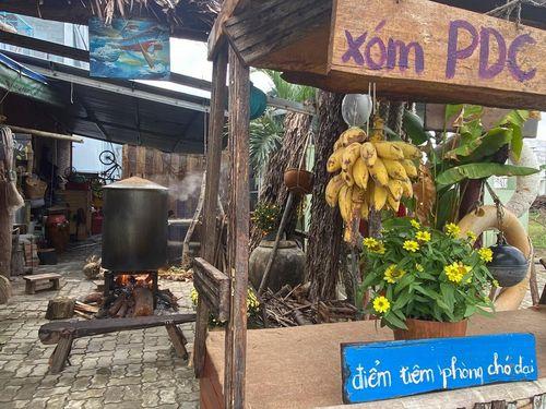 Lạc trôi giữa không gian Tết xưa của 'Xóm PDC' tại Đà Nẵng