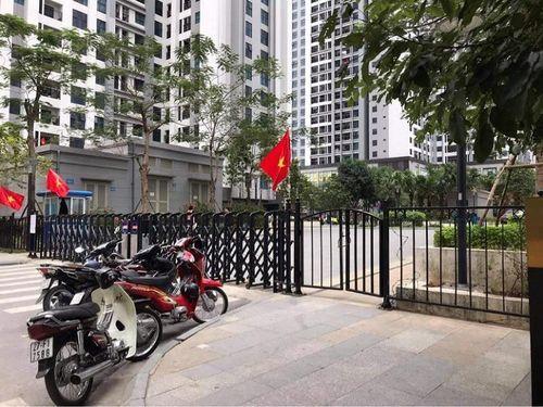 Hà Nội: Tạm phong tỏa 1 tòa nhà có người nước ngoài tử vong