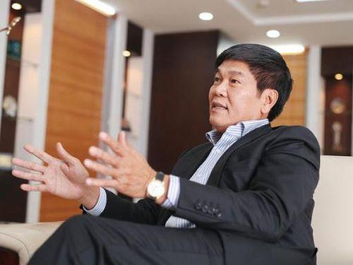 ''Vua thép'' Tân Sửu tiếp tục lập kỷ lục mới