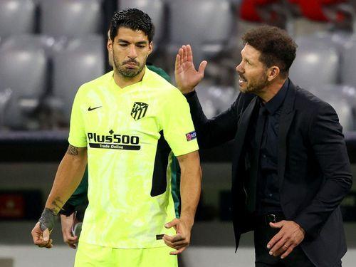 HLV Simeone: Luis Suarez sẽ ghi bàn vào lưới Chelsea