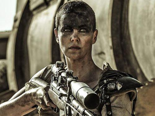 Charlize Theron hào hứng với ý tưởng 'Die Hard' phiên bản nữ