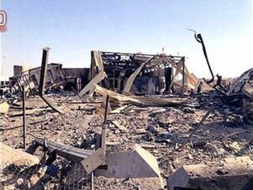 Hình ảnh mới tiết lộ khoảnh khắc tên lửa Iran dội xuống căn cứ Al Asad của Mỹ ở Iraq