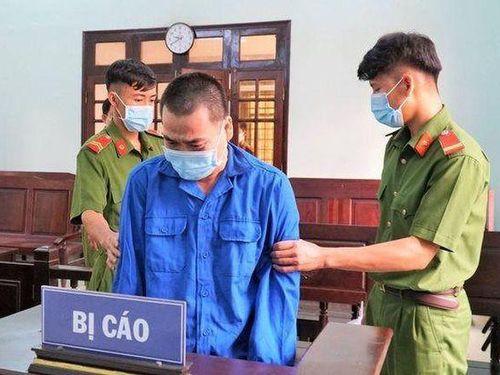 Tuyên phạt 7 năm tù đối với thầy giáo dâm ô học sinh nam