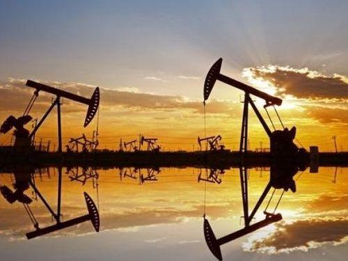 Giá dầu thô WTI tiếp tục suy yếu do lo ngại nguồn cung gia tăng