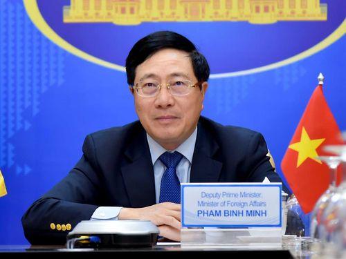 Phó Thủ tướng Phạm Bình Minh hội đàm trực tuyến với Bộ trưởng Ngoại giao Venezuela