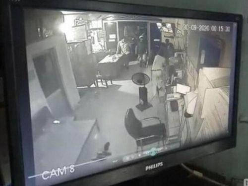Thanh niên hành hung bảo vệ Bến xe Bạc Liêu bị phạt 2,5 triệu đồng