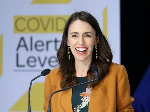 New Zealand gỡ bỏ hầu hết các biện pháp kiểm soát dịch Covid-19