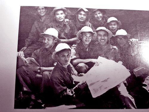 Làm sách báo Đoàn ở căn cứ Trung ương Cục