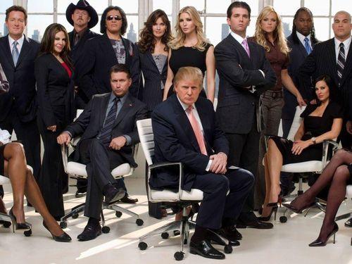 Từ Mar-a-Lago, ông Trump lại làm chính trị kiểu truyền hình thực tế