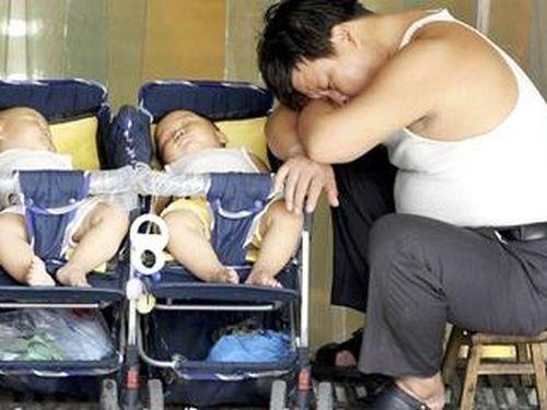 Cuộc chiến cay đắng của bố đơn thân Hàn Quốc