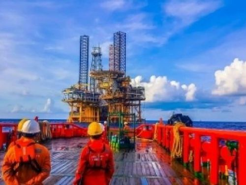 Tin thị trường: dầu thô Murban bắt đầu được giao dịch và cạnh tranh với các loại dầu thô tiêu chuẩn