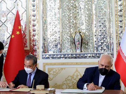 Động lực để Trung Quốc tăng cường quan hệ với Iran