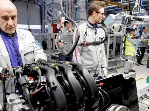 Dân châu Âu đang bỏ xe diesel dùng xe điện, đã soán ngôi Trung Quốc