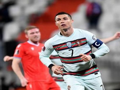 Luxembourg 1-3 Bồ Đào Nha: C.Ronaldo khai hỏa tại vòng loại World Cup 2022