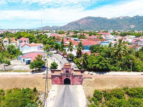 Phát triển Diên Khánh thành thị xã