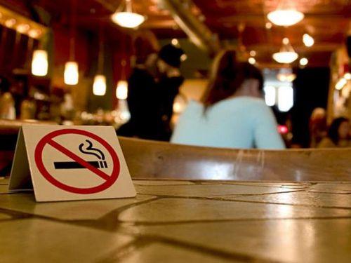 Tỷ lệ khách hàng hút thuốc thụ động tại khách sạn, nhà hàng tương đối cao 65%-80%