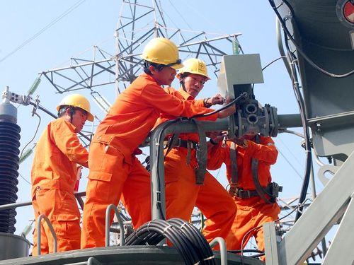 Chuẩn bị các phương án cấp điện trong mùa nắng nóng 2021