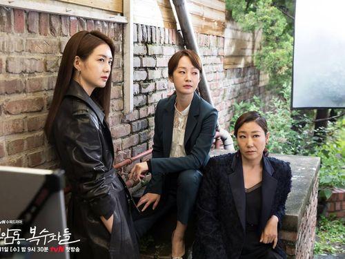 7 'hội chị em' đáng ngưỡng mộ nhất trên màn ảnh phim Hàn Quốc