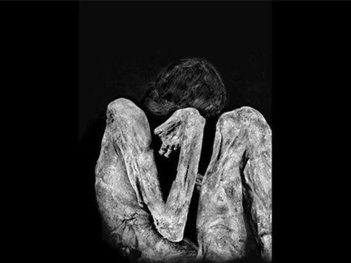 'Dựng tóc gáy' những biểu cảm lạ trên khuôn mặt các xác ướp cổ