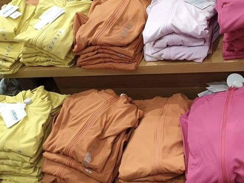 Sôi động thị trường áo chống nắng chống tia UV