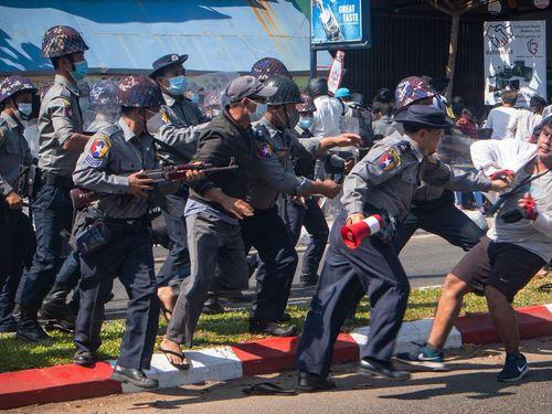 40 trẻ em Myanmar chết trong các cuộc biểu tình